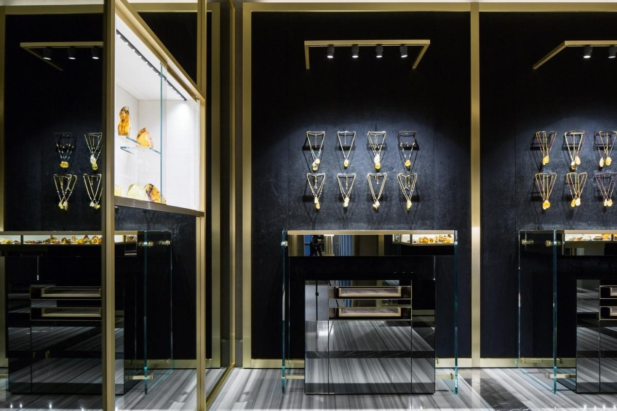 12 Unique Jewelry Display Ideas For Your Jewelry Store & Showroom