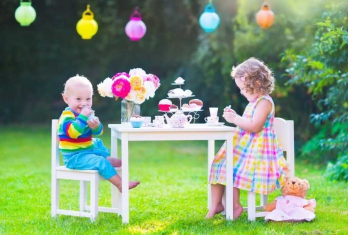 How to start a children's party organisation business